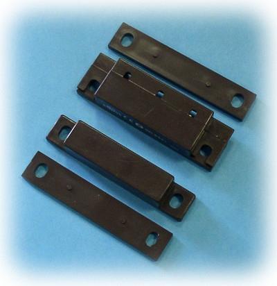 SD-6541B povrchový, priem. s podl. a krytkou 21mm